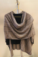 Cashmere wrap with black stitching detail