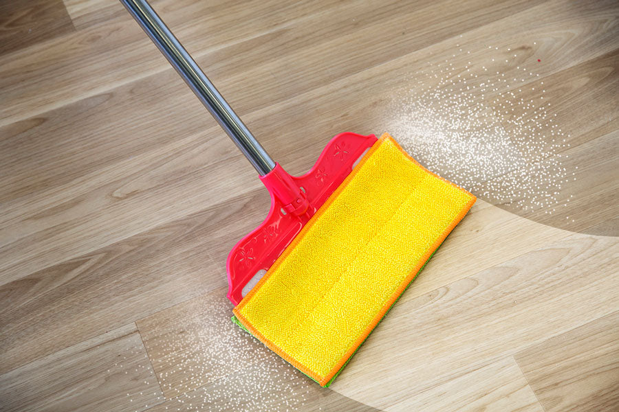 The as seen on tv wonder wipe wet & dry works on floors like a mop and a squeegee with the micorfibre cloth and bendy head