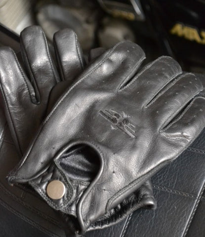 Retro Glove Black