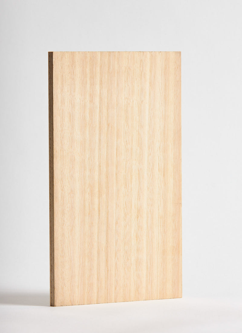 Plyco's Tasmanian Oak Veneer pressed onto an 18mm Birch Plywood Quadro panel on a white background