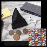 Leather pyramid flex frame coin purse