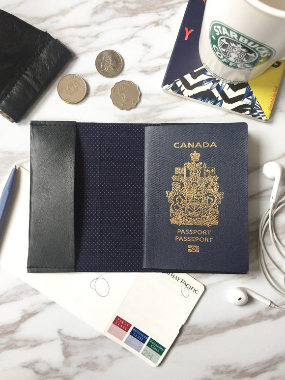 Leather passport sleeve - PS02