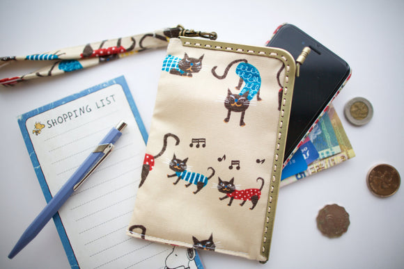 Small phone wristlet