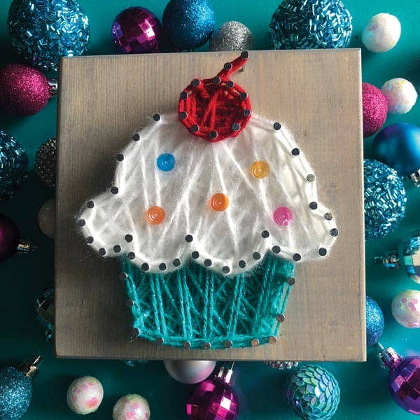 Mini String Art Kit - Cupcake