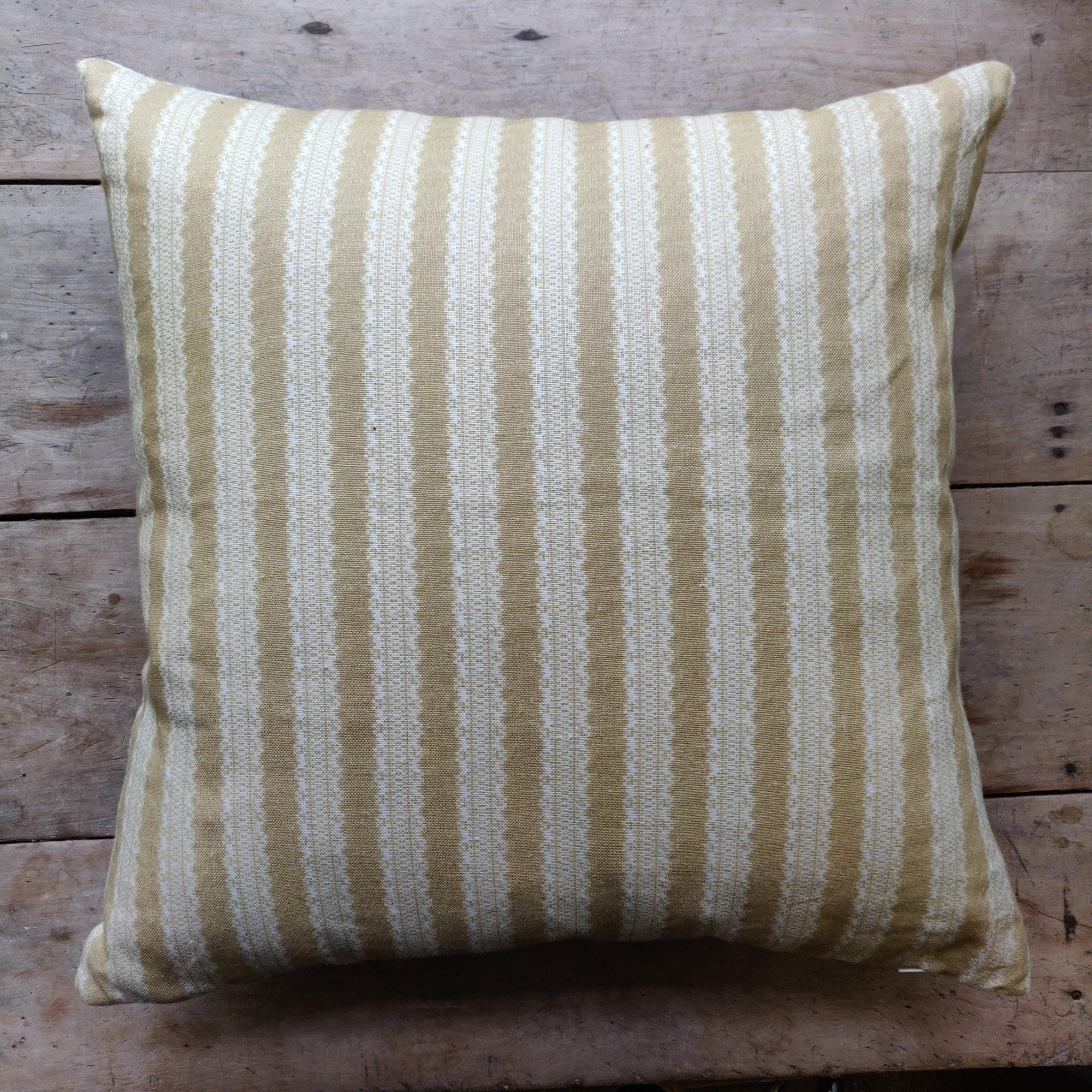 Linen Cushion / Torchon Stripe Mustard