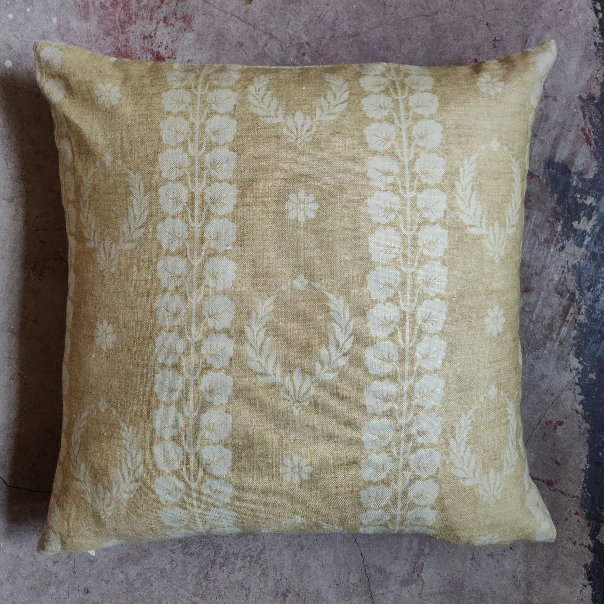 45cm Square Linen Cushion / Couronne Mustard