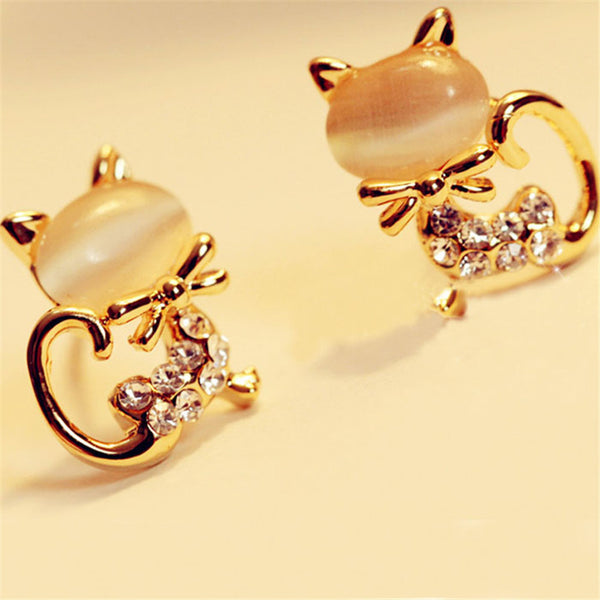 Cute Kitty Cat Earrings - Adorable Gold Cat Earrings