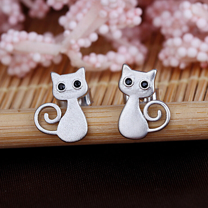 Silver Black Eye Cat Earrings