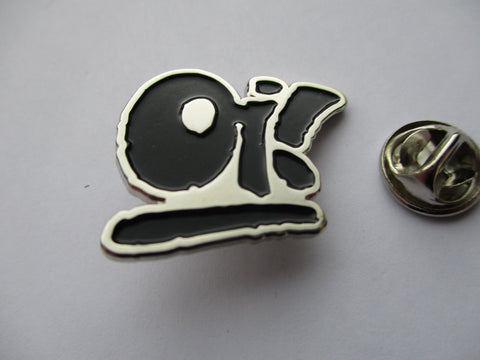 OI! bold skinhead METAL BADGE
