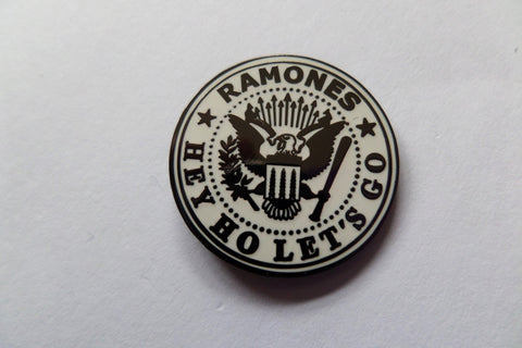 RAMONES hey ho let's go (black/white) PUNK METAL BADGE - Savage Amusement