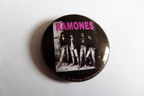 RAMONES rocket to russia official PUNK BADGE