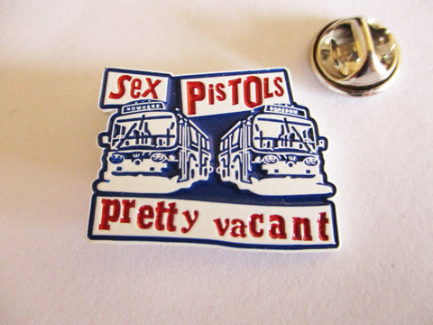 SEX PISTOLS pretty vacant PUNK METAL BADGE (red/blue/white)