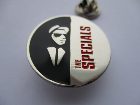 THE SPECIALS silver/black/red SKA 2tone METAL BADGE