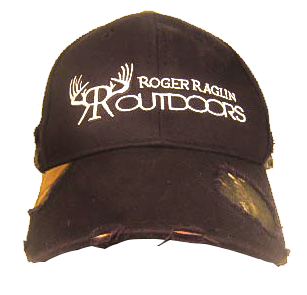 MOSSY OAK BLACK/CAMO DISTRESSED Hat