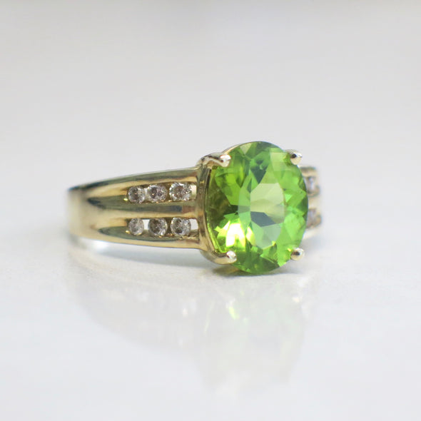 Vintage Green Oval Peridot and Diamond Accented 14K Yellow Gold Ring