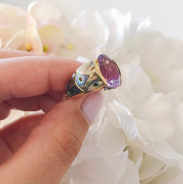 Oval Purple Amethyst and Abalone Shell 14k Yellow Gold Vintage Cocktail Ring