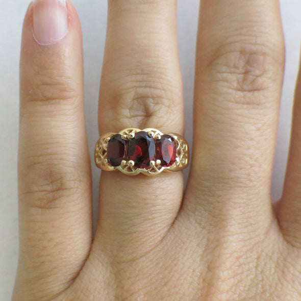 Red Oval Garnet Three Stone Filigree 14K Yellow Gold Ring