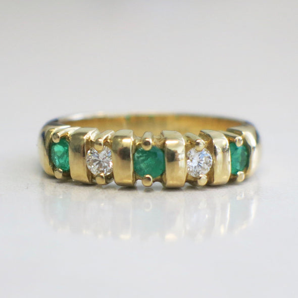 Vintage 18K Yellow Gold Green Emerald and Diamond Five Stone Band Ring