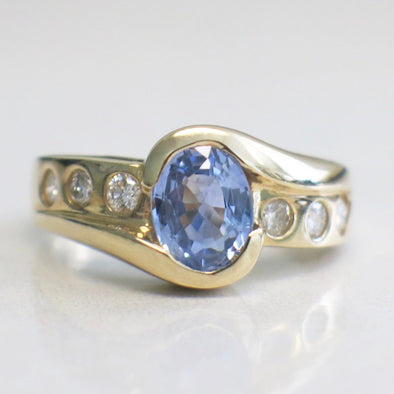 14K Yellow Gold Vintage Violet Oval Sapphire Half Bezel and Diamond Accented Ring