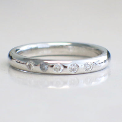 14K White Gold Five Stone Flush Diamond Ring Wedding Band