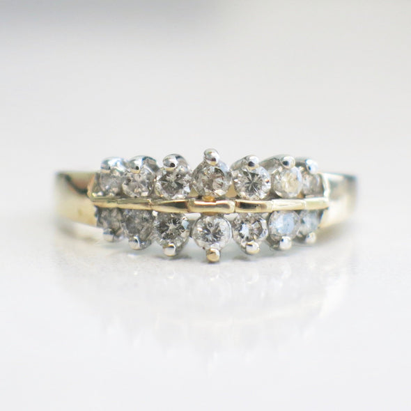 Vintage 14k Double Diamond Graduated Band Ring