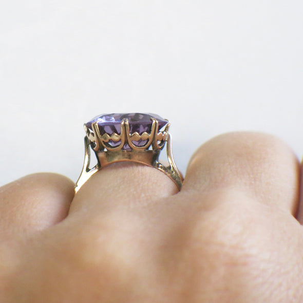 Color Change Round Synthetic Sapphire Vintage 14K Rose Gold Ring