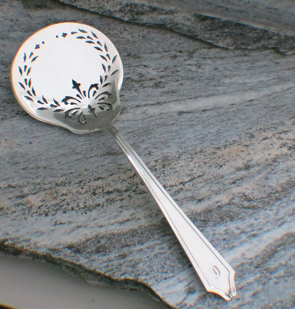 International Sterling Tomato Server in the Minuet Pattern