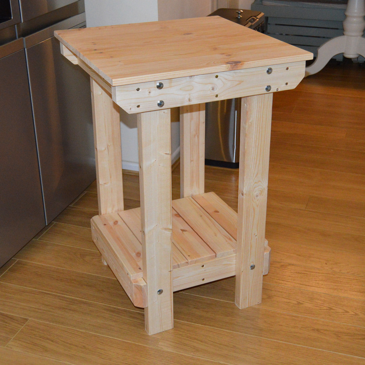 wooden workbench for sheds simply bolt the legs on. Black Bedroom Furniture Sets. Home Design Ideas