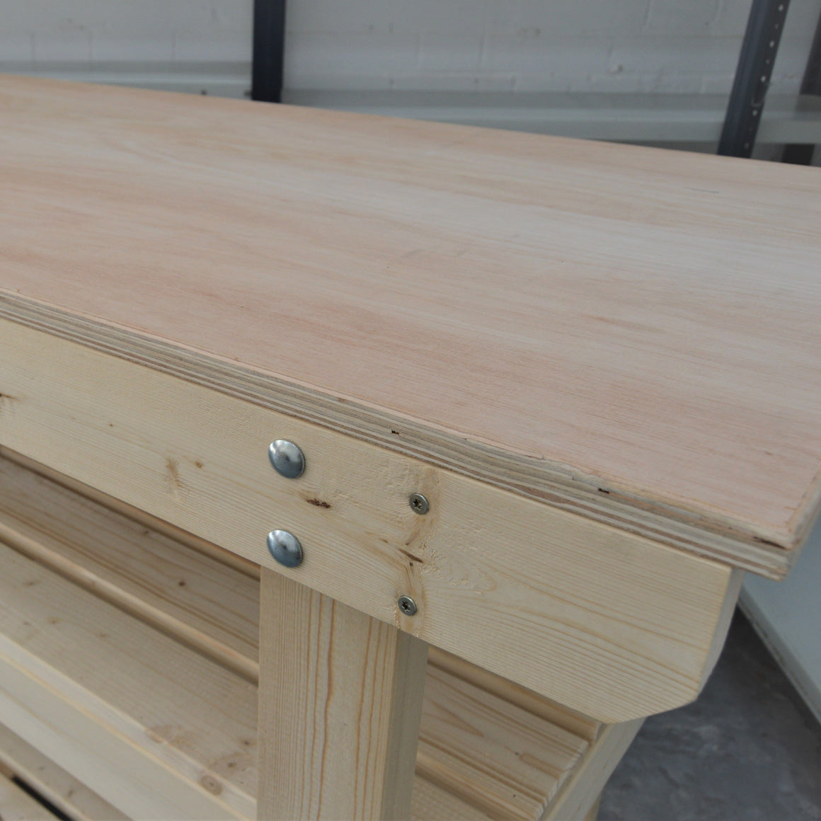 Change to a plywood (hardwood) worktop