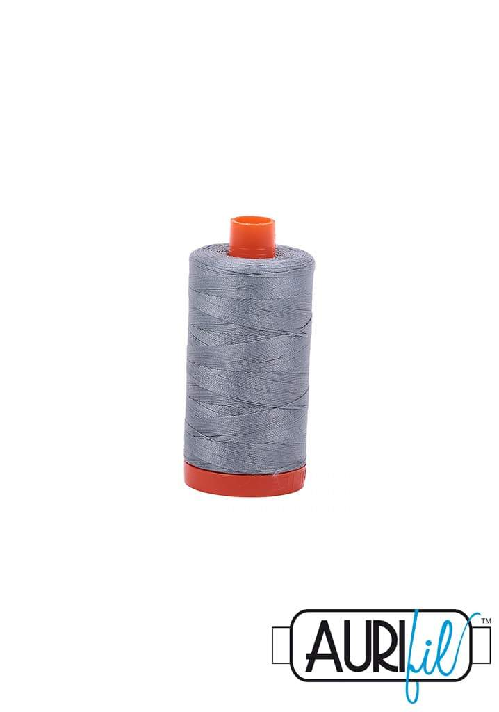 Aurifil 50wt Tråd - 2610 Light Blue Grey - Kvalitets Sytråd til Patchwork.