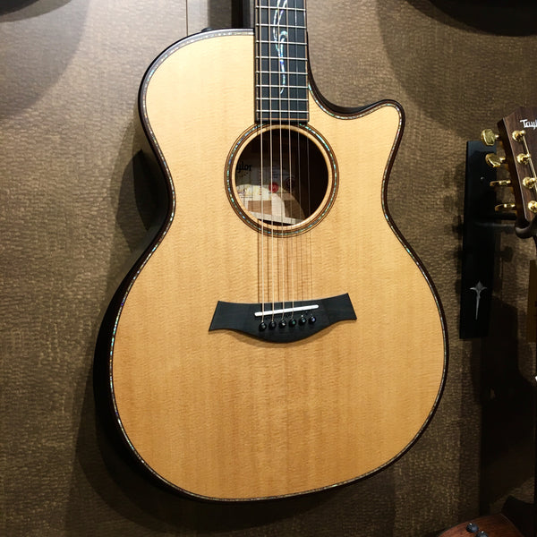 Taylor K14CEE Builder's Edition Grand Auditorium V-Class Acoustic Electric