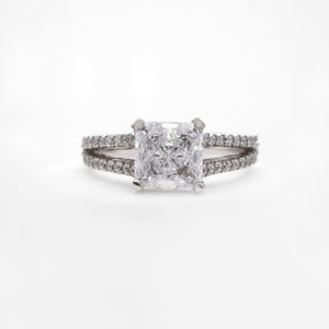 Platinum Classic Split-Shank Diamond Engagement Ring