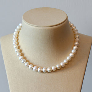Freshwater Pearl Necklace With 14K White Gold Diamond Clasp