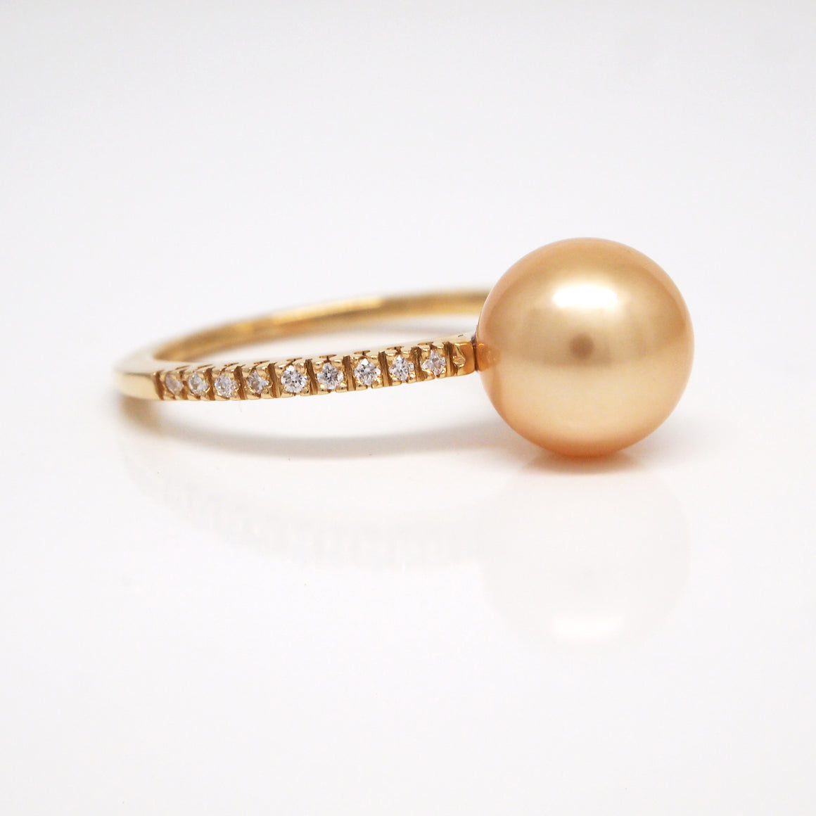 14K Yellow Gold South Sea Pearl And Diamond Ring
