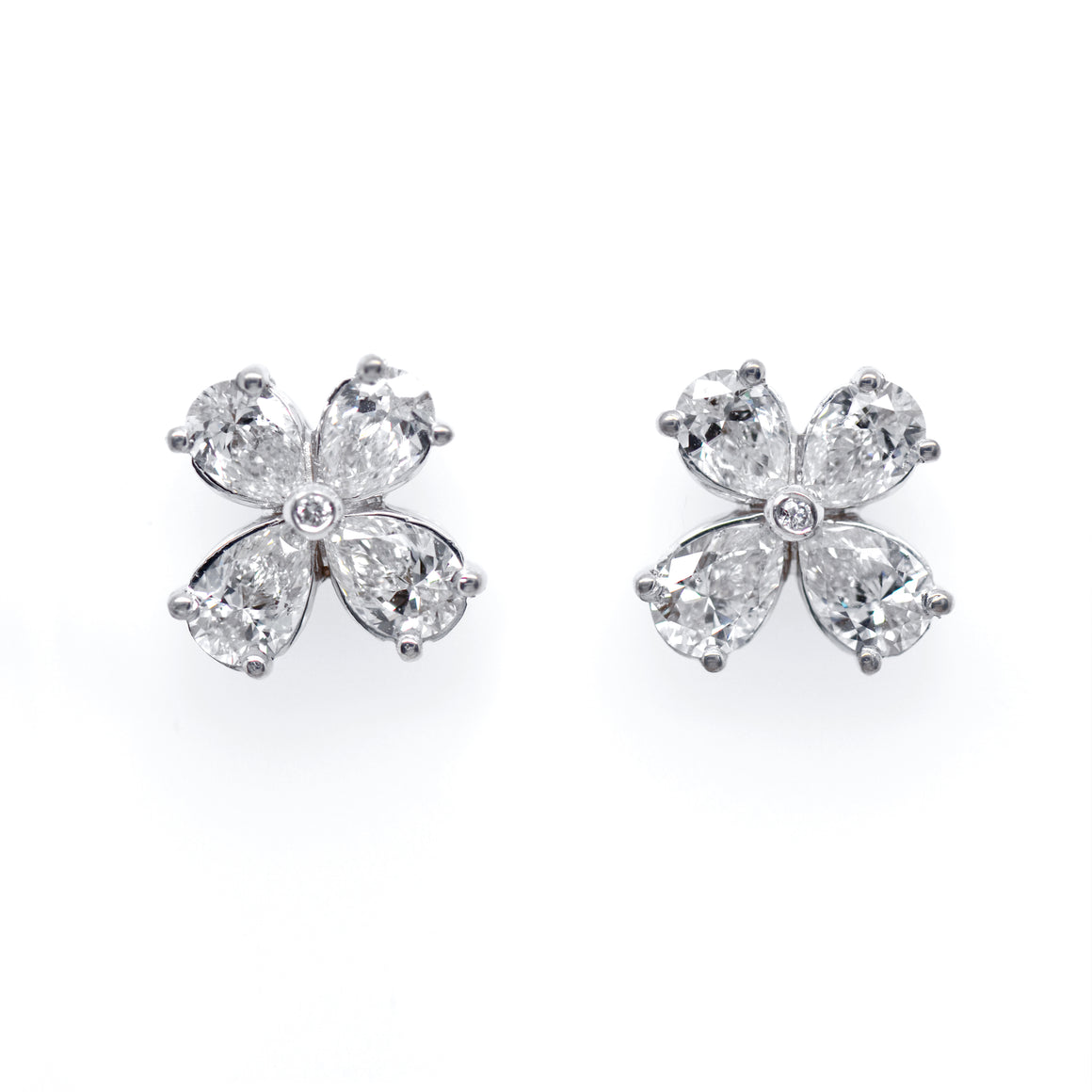 18K White Gold Diamond Clover Stud Earrings
