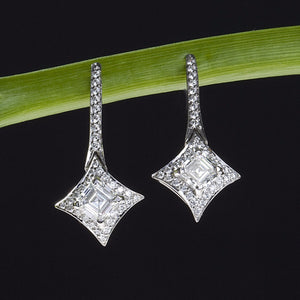 "Lazare Kaplan platinum ""North Star"" diamond earrings"