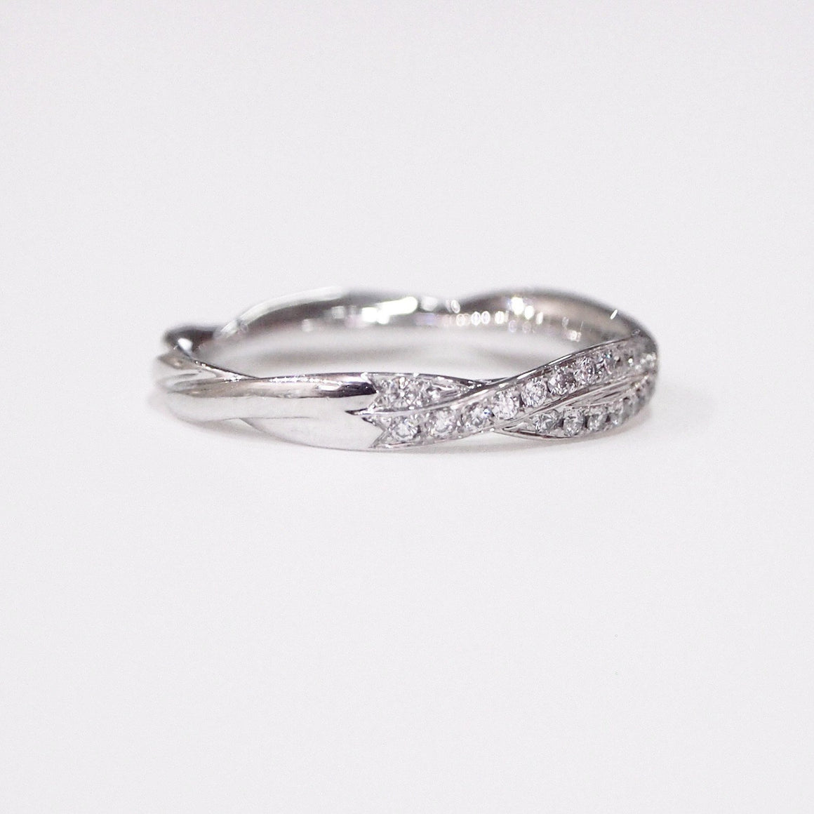 "Lazare Kaplan 14K white gold ""Twist"" diamond wedding band with full-cut diamonds"