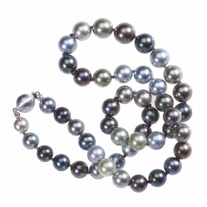 14K white gold AA quality natural color Tahitian pearl necklace with 8.00 - 10.00 mm multicolor Tahitian pearls