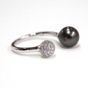 18K White Gold Tahitian Pearl And Diamond Ring