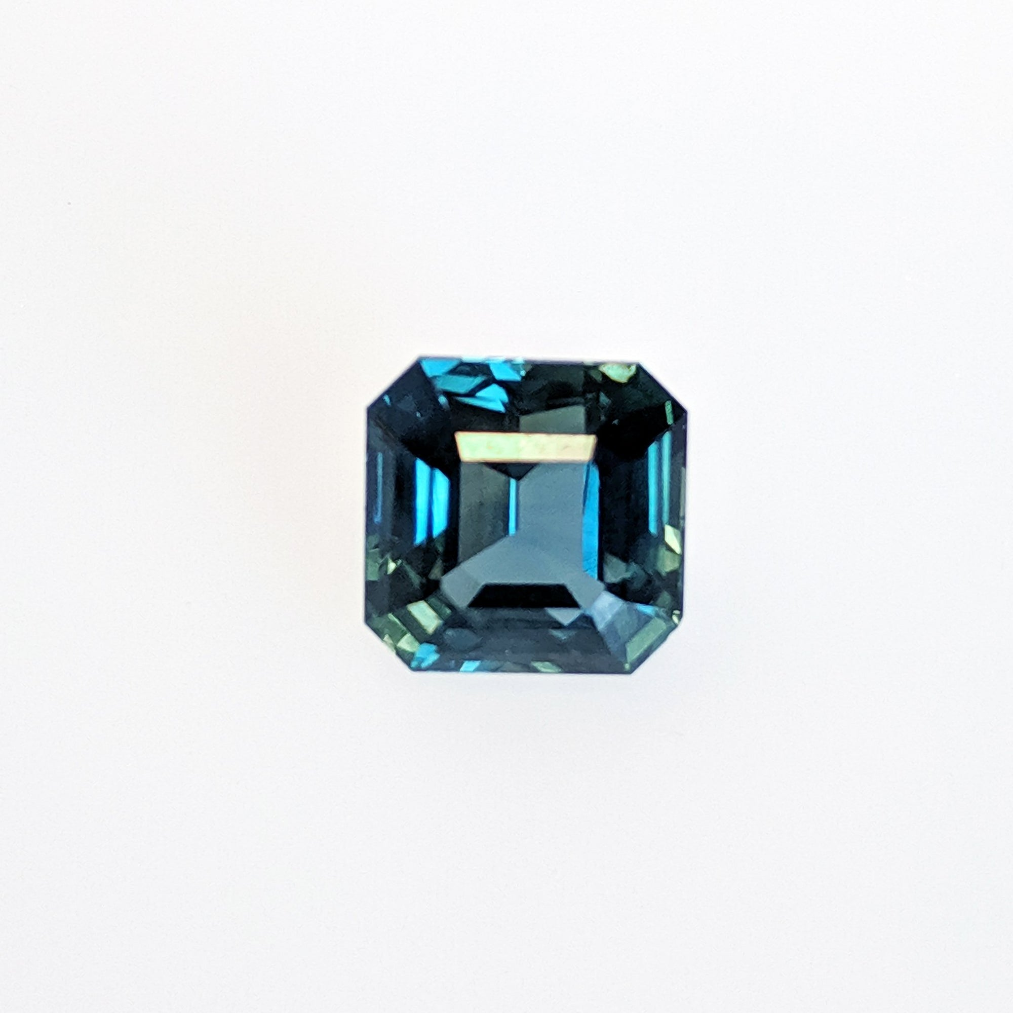 4.47 Carat Color Change Green to Blue Sapphire