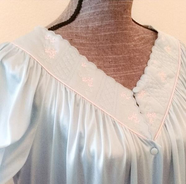 Vanity Fair Vintage Nightgown – Shop The Stand Alone