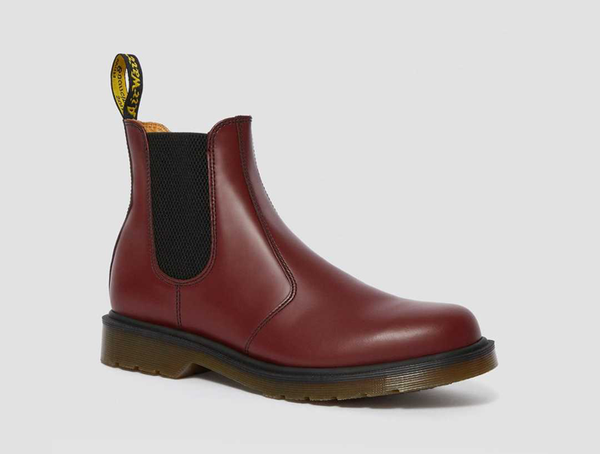 Dr. Martens 2976 Smooth Leather Chelsea Boots