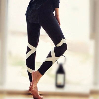Bando-leggings-Black-S-leggings-Indira Active