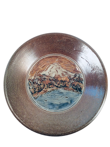 LARGE BOWL W/ MOUNTAIN