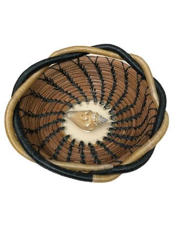 PINE NEEDLE BASKET WITH SEASHELL CENTER AND TWIST BORDER