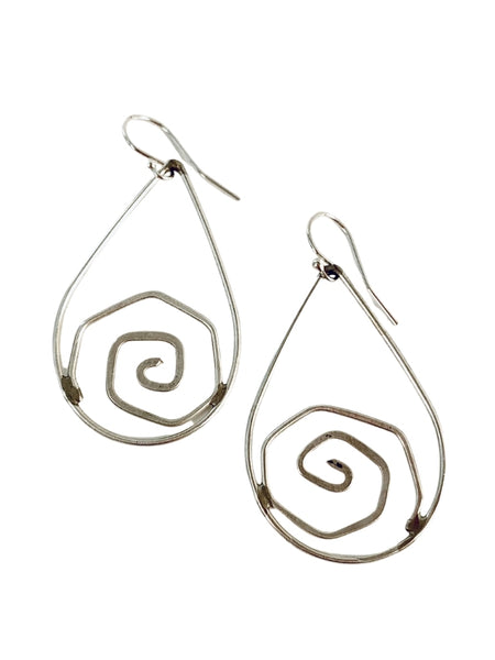 LOOP WITH SPIRAL EARRING