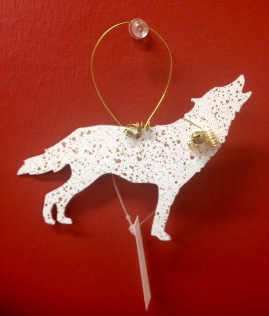 CHRISTMAS WOLF ORNAMENT