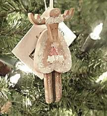 MOOSE WITH HAT & COAT ORNAMENT