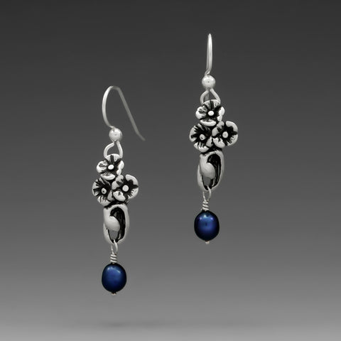 POPPY COBALT PEARL HOOK EARRINGS
