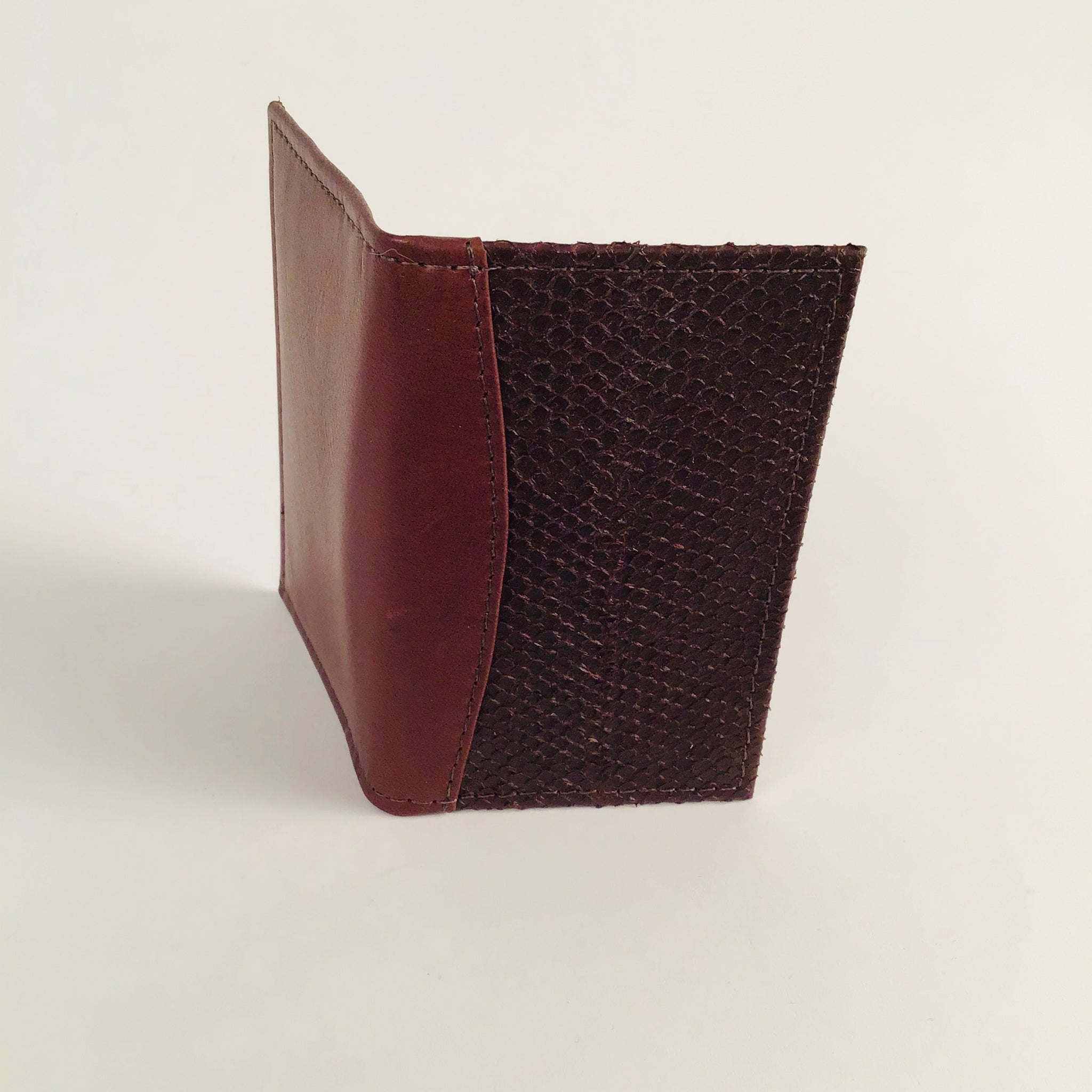 BROWN MINI WALLET WITH 3 POCKETS